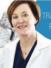 Dr Jennifer Martinick - Principal Surgeon at Martinick Hair Restoration Clinic - Brisbane