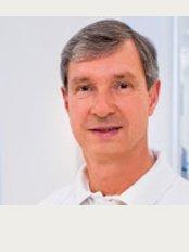 Dr. Frank-Matthias Schaart - Poststraße 2, Ecke Neuer Wall, Hamburg, 20354,