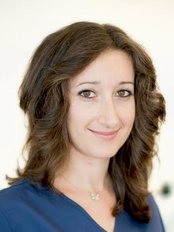 Dr Ljuba Zsolnai - Surgeon at HairPalace Clinique de Greffe de Cheveux France