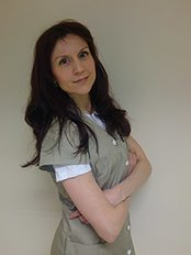 Dr Timea Palhazy - Principal Surgeon at PHAEYDE