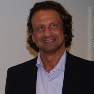 Dr Tamas Mantse