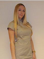 Kitti Laszlo - Health Care Assistant at Prohaar Klinik Haartransplantation - Ungarn