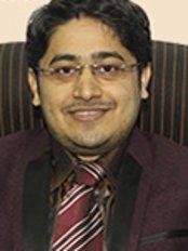 Dr Ganesh Avhad - Doctor at India Hair Loss Clinic - Bangalore Center