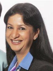 Dr Sonal Shah - Surgeon at Richfeel Trichology Centre - Bangalore