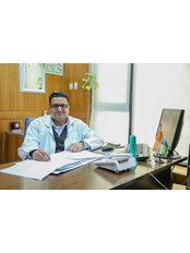 Mr Sunil  Arora - Surgeon at ALCS-Hair Transplant & Cosmetic Clinic