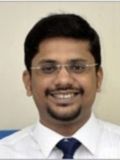 Dr Sumit Agrawal - Surgeon at HARLEYS CLINIC