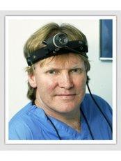 Dr Patrick Treacy - Aesthetic Medicine Physician at Ailesbury Hair Clinic - Dublin