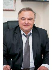 Dr. Vaja - Surgeon at Talizi Ireland