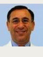Dr. Alex Ginzburg's Clinic - Ahuza st. 98, Raanana,