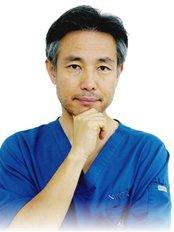 Dr Masahisa Nagai -  at AGA Renaissance Clinic - Tokyo