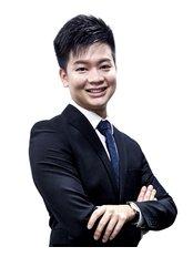 Dr David  Wee - Doctor at Premier Clinic - Bangsar