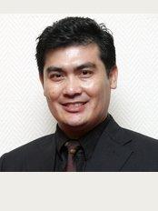Dr Shah Hair Clinic - Dr Shah