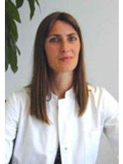 Dr K. Leonhardt - Surgeon at Transhair - Zwolle