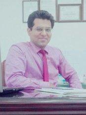 Dr Irfan Ali Shaikh - Surgeon at AlKhaleej Hair Transplant
