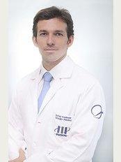 Proyecta Implante Capilar - Av. Manuel Olguin 1045, El Polo, Surco, Lima,