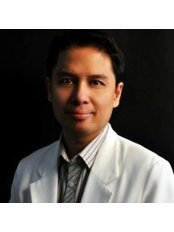 Dr Michael Edward A. Navalta - Doctor at Hair Infinity - The Medical City
