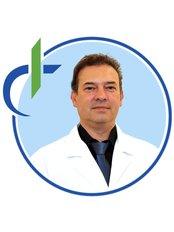 Dr Cruz Dinis - Surgeon at Madeira Hair Clinic