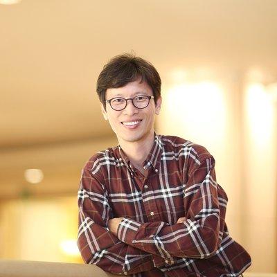 Dr Shin-Je Lee