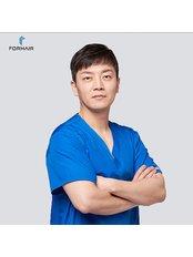 Dr Sang Young Choi - Surgeon at FORHAIR Hair Transplant Korea