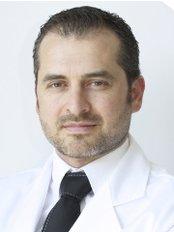 Capillary Transplantation Clinic - Lleida - Bisbe Messeguer 3, Lleida, 25003,  0
