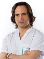 Pisano Hair Transplant Clinic - Av. Ricardo Soriano 36, Edf. Maria III, oficina 202, Marbella, 29601,  0
