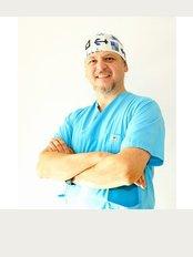 Clinic Center Kusadasi - Zentrum für Haartransplantationen - Inonu Bulvari No: 8/2 Kusadasi, Aydin, Kusadasi, Türkei,