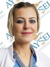 Dr. Aysen Inan - Hautärztin - Aysel Ellialtı