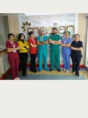 Esteuniversal Hair Transplantation Expert - Kocasinan Mahmutbey Cad. No:369 Bahçelievler, Bahçelievler, Istanbul, 34570,