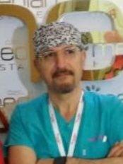 Esteuniversal Hair Transplantation Expert - Kocasinan Mahmutbey Cad. No:369 Bahçelievler, Bahçelievler, Istanbul, 34570,  0