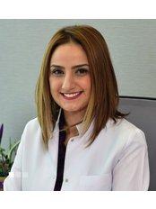 Dr. Nihan Güneş Ersan - Zahnärztin - TRANSES Klinik für Haartransplantationen