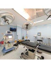 FUE (Follicular Unit Extraction) durch einen von der ISHRS zertifizierten Chirurgen - Dr. Emrah Cinik