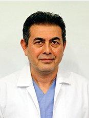 Dr. Halil Ibrahim - Chirurg - Cevre Health Center