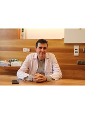 Dr Attila Hacilar - Surgeon at Clinic Expert