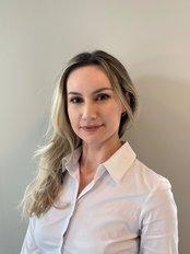 Frau Amela Seferagic - Fachärztin - Hair Time Istanbul