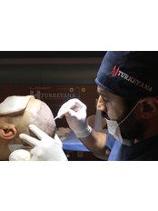 DHI - Direct Hair Implantation - Turkeyana clinic - Hair Transplantation