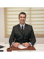 Dr Murat Tuna - Surgeon at Ento Hair Clinic