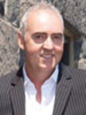 Dr John Curran - Doctor at DHI Global Medical Group - London