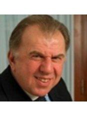 Dr Gabriele Borghini - Surgeon at Nu Hair Clinic London