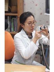Dr Oh Min-ji -  at uwon Bright Morning Oriental Medical Clinic
