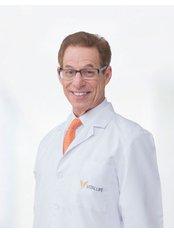 Dr Terry Grossman - Practice Director at Vitallife Wellness Center