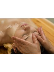Natural Facelift Massage - Totally Holistic Health