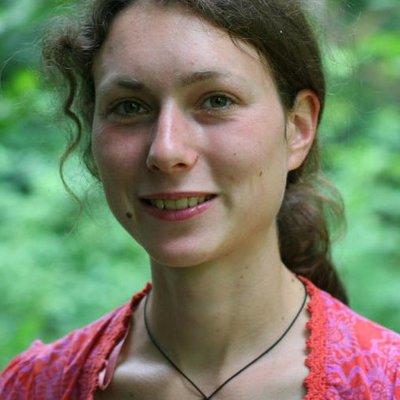 Ms Alena Standova