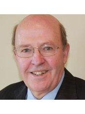Dr Michael R. Delaney - Ophthalmologist at Eyesight Laser Centre - Macquarie Street