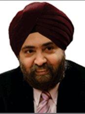 Dr. Mahipal S Sachdev, Chairman - Ophthalmologist at Center for Sight - Preet Vihar