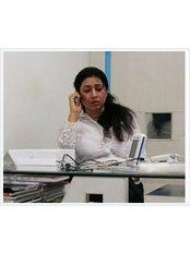 Dr Nancy Dhiman Dental surgeon - Doctor at Harpreet Eye & Dental Care Centre & Lasik Centre
