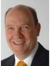 Mr William Green - Surgeon at Optegra Eye Hospital Hampshire