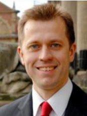 Dr James Ball - Doctor at St. James's Laser Vision