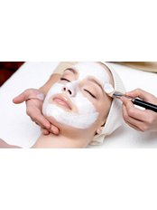 Facial Bliss (1 hr) - SARAENITY THERAPEUTICS