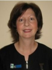 Warr Clinic Physio and Wellbeing - Warr Physiotherapy Clinic - Anita Newlin.web