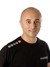 Massaggi - Massage Therapist Ben Pianese